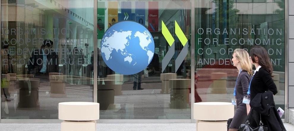 a049b8cc Omslagsbild för OECD - OCDE