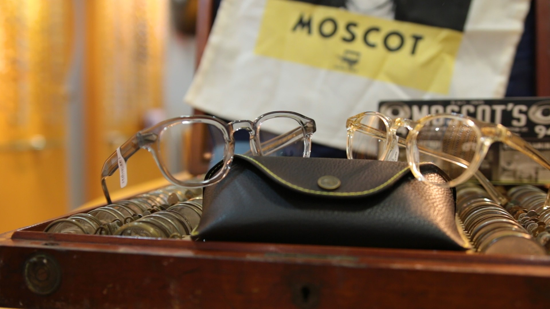 6ee00ee0a009 Silverberg Opticians cover image