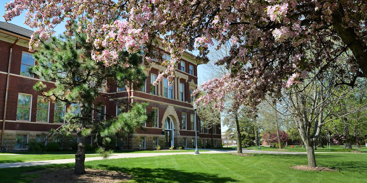 University of Wisconsin-River Falls   LinkedIn