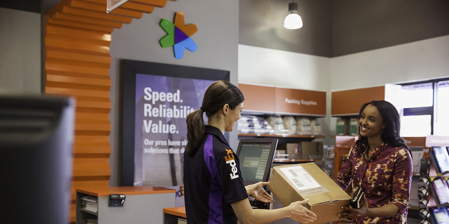 Fabulous Fedex Office Linkedin Interior Design Ideas Lukepblogthenellocom