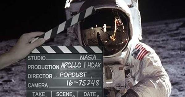 funny take on fake Apollo landings conspiracy theory