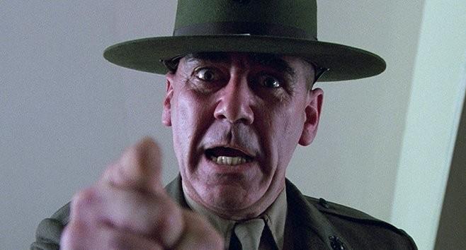 R. Lee Ermey som den hårdföre Sgt. Hartman i Full metal jacket från 1987.